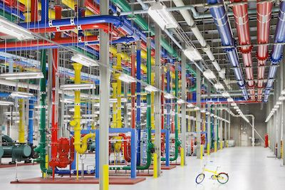 gcp_datacenter_ColorfulPipes_Bike-persfoto